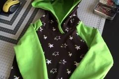 Hoddy Grün und Sterne