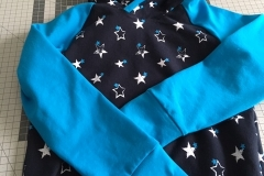 Hoody Blau und Sterne